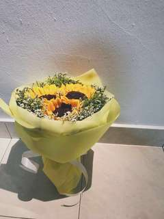 Beauty in Simplicity (Fresh Sunflower Bouquet)