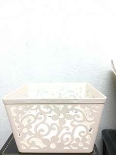 Storage Box (flower detailed)