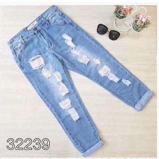 Ripped HW Bf Jeans (Bangkok)