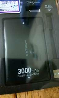 MOMAX 外置充電器 3000mAh