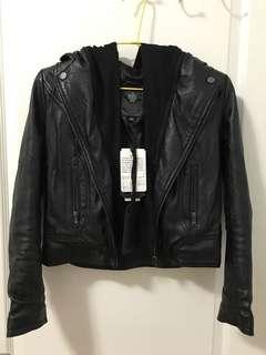 🚚 80/20 黑色皮衣