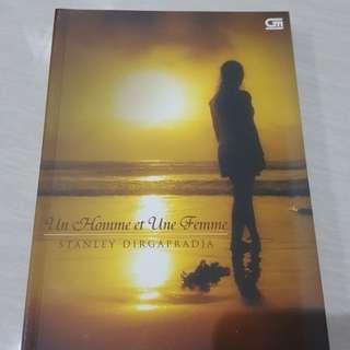 "Preloved Buku Novel: ""Un Homme et Une Femme"""