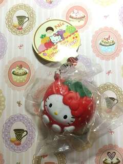 *FREE SHIPPING* RARE HELLO KITTY strawberry squishy