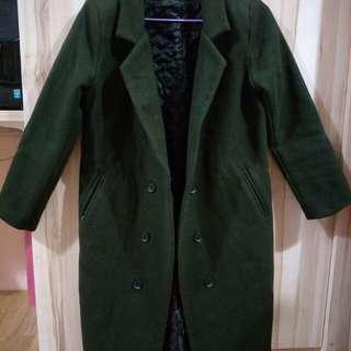 🚚 全新 墨綠色 鋪棉大衣