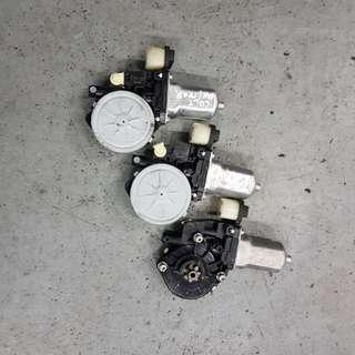 Mitsubishi Colt Power window motor