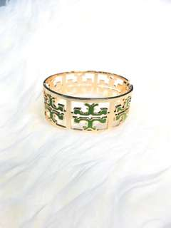 Faux Tory Burch Bangle in Vert