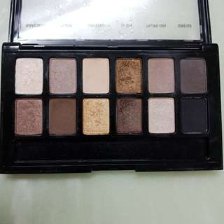 Maybelline the nudes eyeshadow pallete