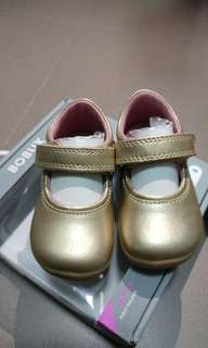 Bobux gold baby shoes (BNIB) EUR19