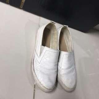 White Leather Slip On Womens Shoes Stradivarius Size 38