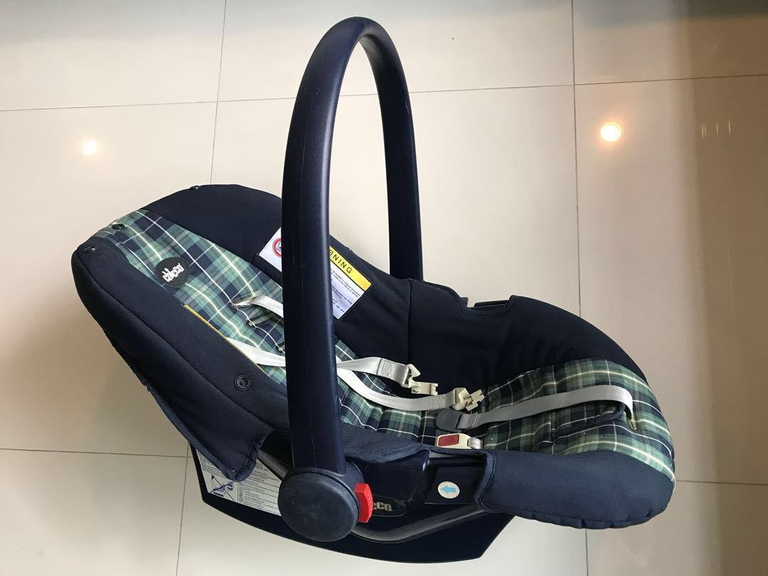 Chicco Baby Car Seat Carrier Rocker Babies Kids Strollers Bags Carriers On Carousell