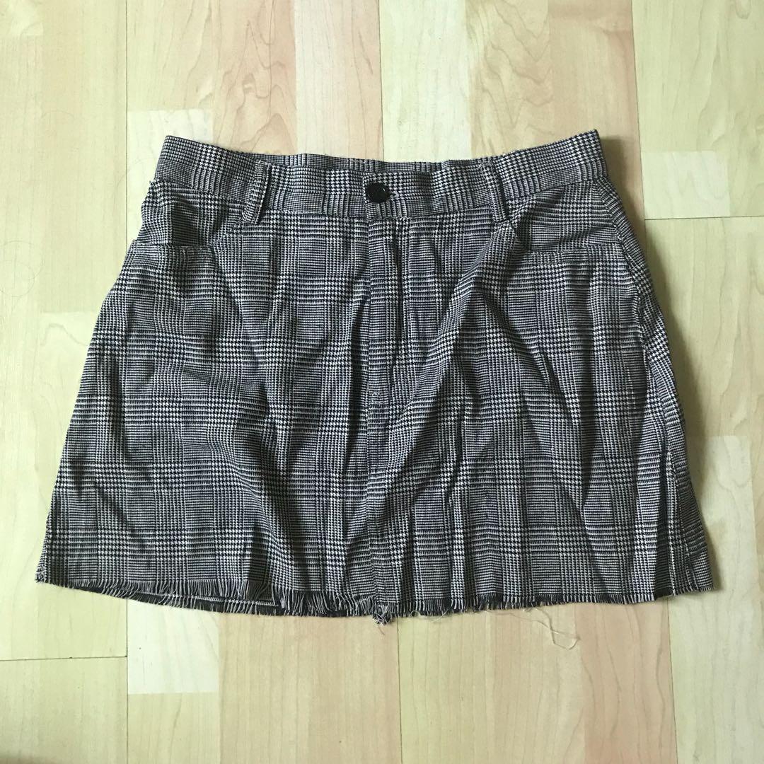df6b2e61f NWT Brandy Melville Plaid Juliette Skirt, Women's Fashion, Clothes ...