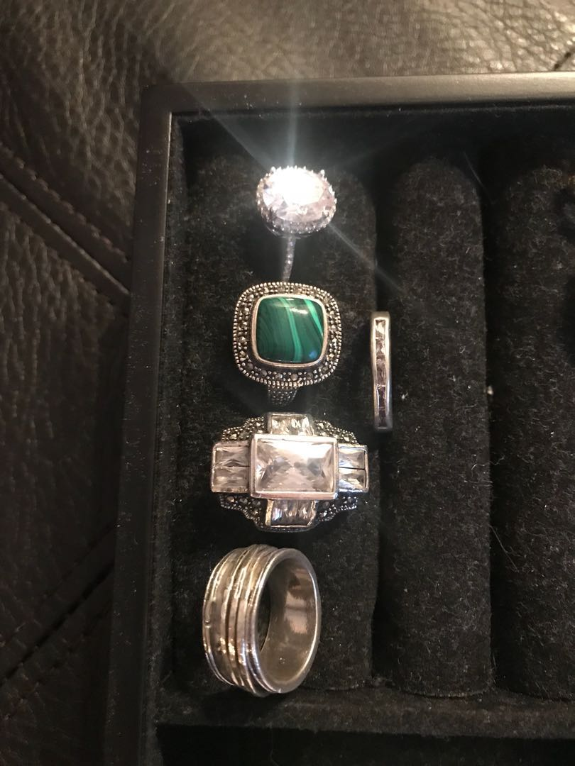 ***PRICE DROP*** Silver rings set