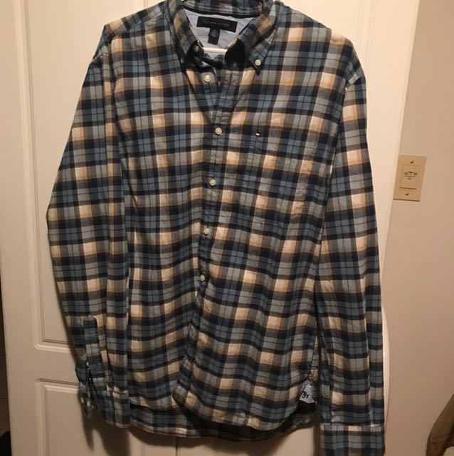 Tommy Hilfiger plaid long sleeve button up