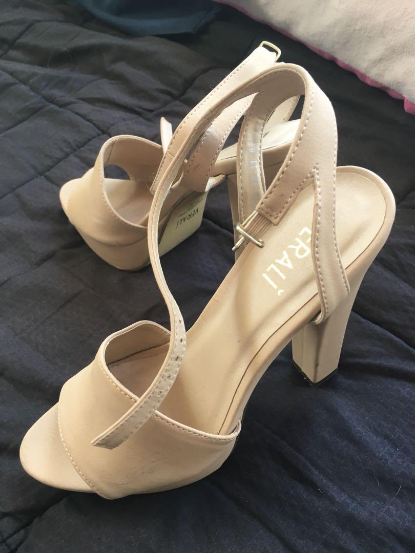 Verali nude heels size 8