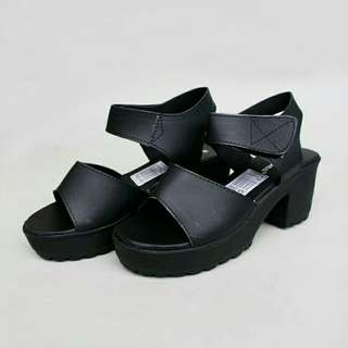 Black High Heels Hitam