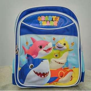 BN baby shark a doo back pack