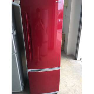 Panasonic 2D Fridge Peti Ais Red