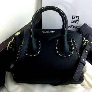 Tas  Fashion Wanita  Givenchy Antigona Chain Leather Kode : G-6459