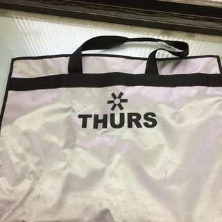 🚚 THURS 銀色西裝袋