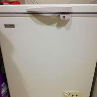 Chest freezer 180L