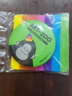 ART ZOO Pin badge