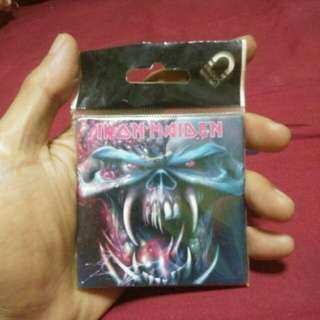 Iron Maiden Vans supreme stussy vintage casio dbc Uniqlo x bmx