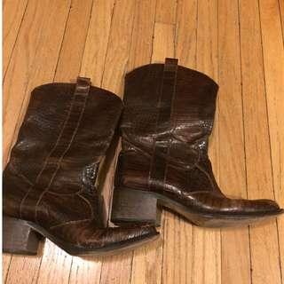 Vintage real crocodile leather boots, unique, authentic Italian, comfy size 38 (7.5-8)