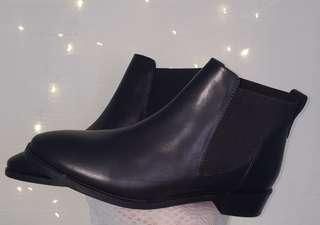 Topshop black king Chelsea boots