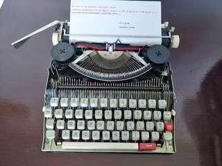 古董打字機(可打字)