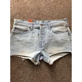 Levi Denim Shorts!