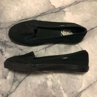 Black Vans Slip-on