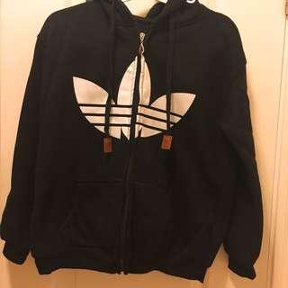 名牌子男女黑色Adidas外套,原價$300,現放$100