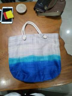 Beautiful beach bag made of Abaca