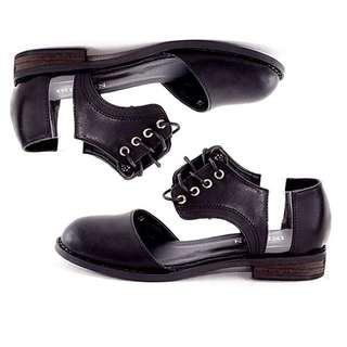 Indiesin Black Classic Vintage Shoes