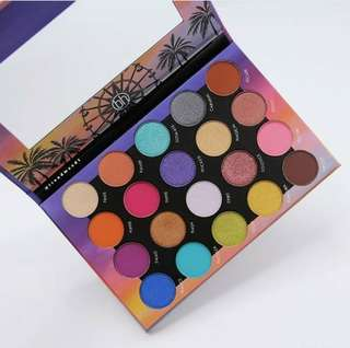 (Preorder🎇) Authentic Bh Cosmetics The Weekend Festival Palette (20shades)