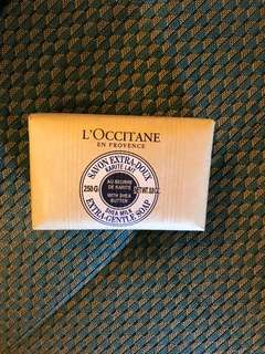 L'Occitane 250g gentle soap for face and body
