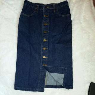 Jeans Skirt with button
