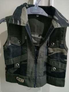 Army Vest Kid 4 Y