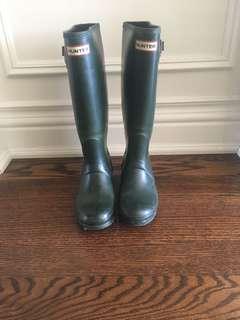 Hunter Insulated Rain Boots Size 7