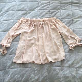 Peach off the shoulder - Size US 6