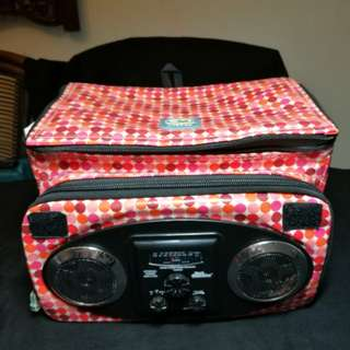 Beat Generation cooler box with Radio and Power Stereo speakers