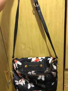 Selling : Marc jacobs Bag