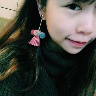 🚚 流蘇毛球耳環