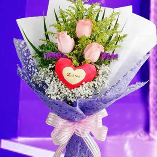 [FREE DELIVERY] 3 Peach Roses with Love Tag Hand-bouquet (007-PE)