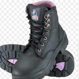 Steel Blue Argyle safety boots