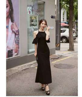 Online Sale: P350 only !!!  💋Ruffle Maxi Dress  💫Cotton type  💫Ruffle cold shoulder  💫Free size fits S-M 💫2 colors  💫Nice quality