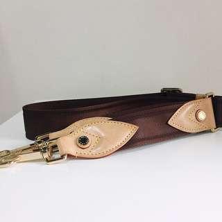 LOUIS VUITTON Vachetta Leather detachable Bag strap