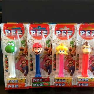 PEZ Candy Dispenser Nintendo Mario Peach Yoshi Donkey Kong Set