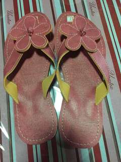 liliw sandals 2 pairs for 150 3 pairs for 200 message me