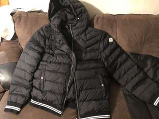Moncler coat for men (large)